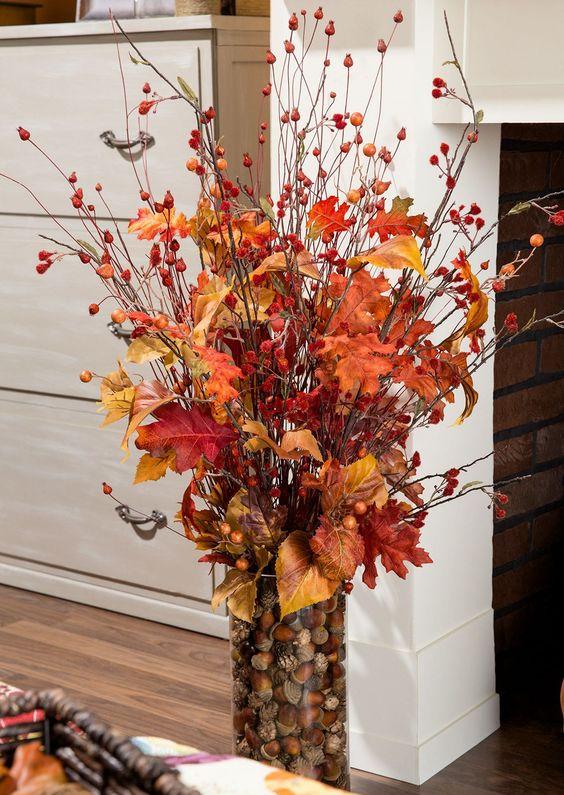 decorazione con foglie